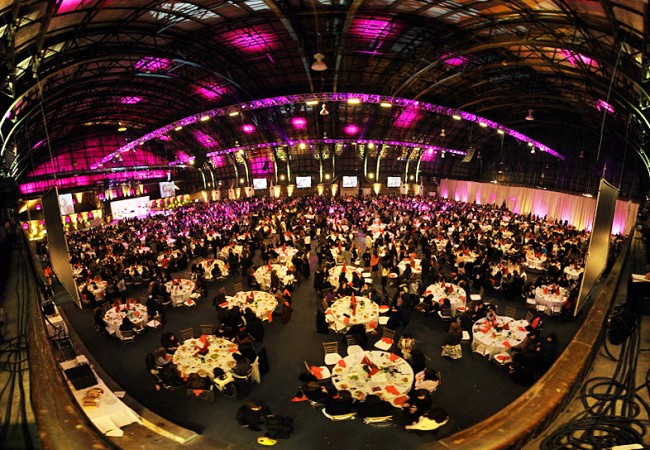 Kinus Hashluchus Banquet back at the Armory
