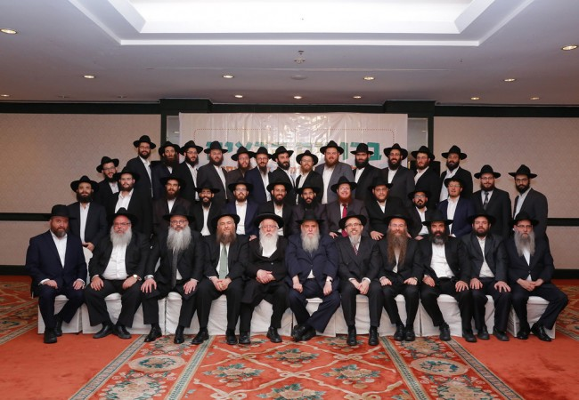 Shluchim to the Far East Gather in Thailand