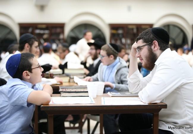 Shluchim Kids, Mentors Meet