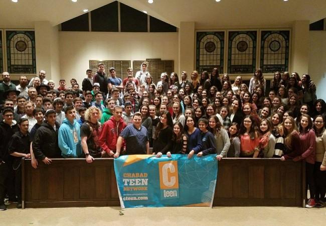 161 CTeen Chapters Celebrates Shabbat, TGIS Style!