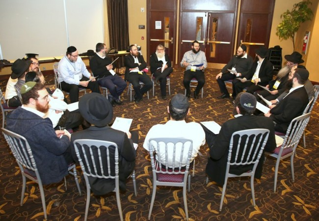 Shluchim Gather for Ground-Breaking Conference