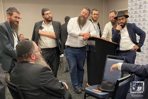 Young Professional Shluchim Brainstorm Together for Dramatic Change to Young Jewish Dating Scene